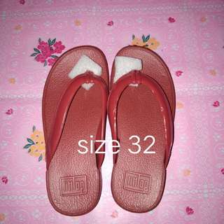 Fitflops kids slipper