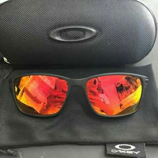 Authentic Oakley Eyewear