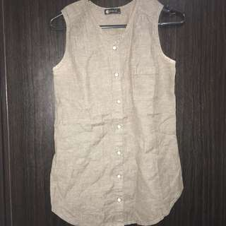VF 144 space brown sleeveless blouse 👚