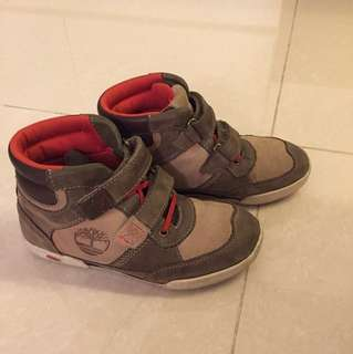 Kids High cut Timberland shoes