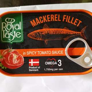 ROYAL TASTE   MACKEREL FILLET IN SPICY TOMATO SAUCE   125G