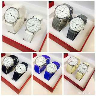 Couple watch w/ordinary box