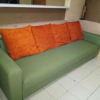 Jasa service sofa tlp-wa:081312526810
