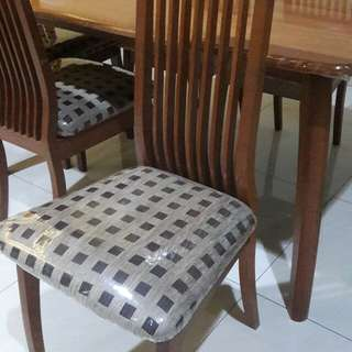 Kursi makan kayu solid premium LIKE NEW