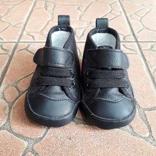 Sepatu Bayi H&M