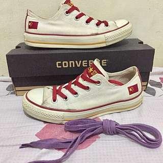 SALE!! Original Converse Women Shoes - Size 6