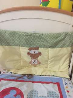 Baby Crib Bumper and Header