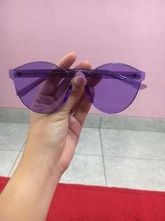 Kacamata ungu