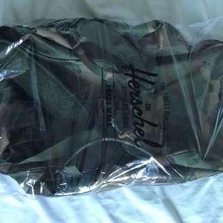 The Herschel Novel duffle bag BRAND NEW