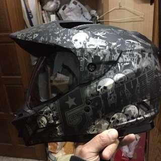 安全帽XL61-62,急出售,東西還在