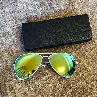 🈹🈹$290 太陽眼鏡,購於IT ,相片內有show 品牌