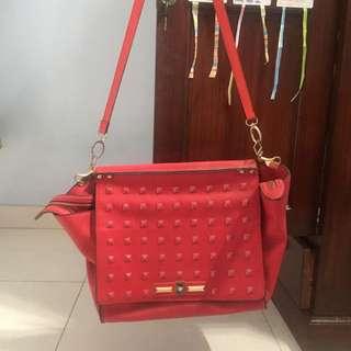 Valentino slingbag