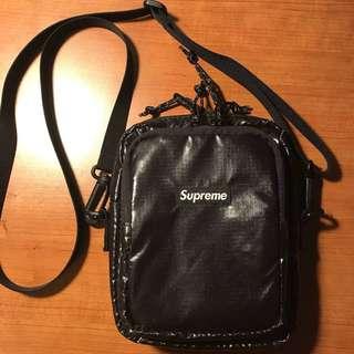 僅拆封 保證正品)supreme 黑色 小包 肩背包🔥