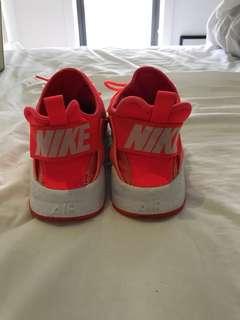 Nike Air Huarache - hot pink