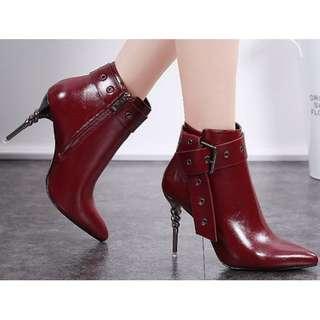 【現貨+預購】AT - 女鞋(0929):皮革+優質短毛絨*高跟鞋(尺寸:34-39碼/高度:約10公分/防水台:約0.5公分/重量:約0.8KG)_免運。