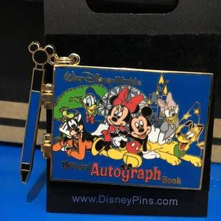 Disney Pin - Autograph book