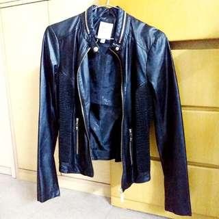 全新Guess Faux Black Leather Jacket