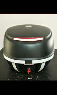 TopBox | GIVI | full accessories | 1 FF Helmet Size | Self Install