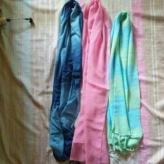 Bundle scarves