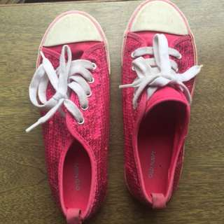 Old Navy Shiny Pink Canvas Shoes Sz 3