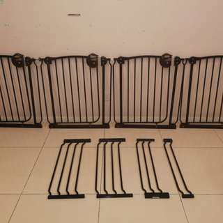Baby Safety Gate 67cm = RM65. Separate price for Ext 27cm=RM35, 18cm=RM30, 9cm=RM25.