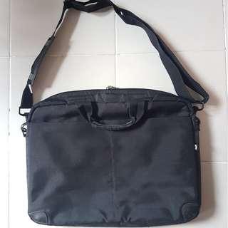 """Black HP 15.6"""" Laptop Bag"""