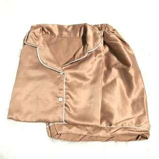 Moccasin Satin Velvet Shortpants
