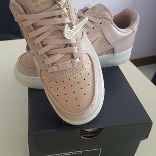 New Nike Air Force 1
