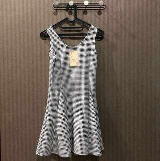 Dress mini import fit to M