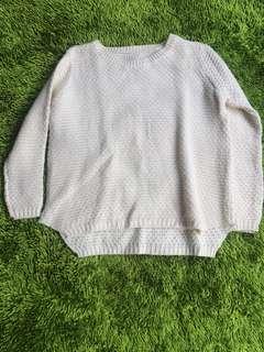 Bw sweater
