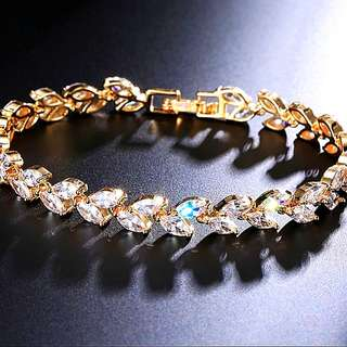 Gold Plated Crystal bracelet 1