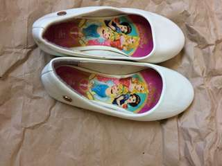 Disney princess shoes size11