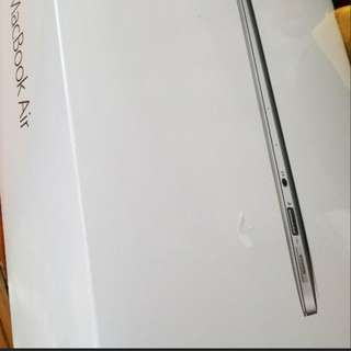"I MacBook Air 13"" 128G"