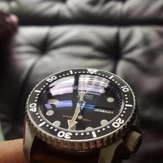 Seiko SKX007 200m Divers