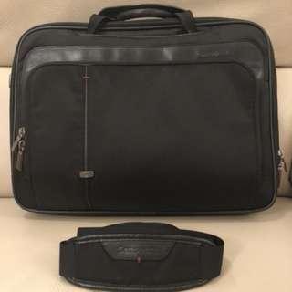 Samsonite briefcase w/ handles & stripe