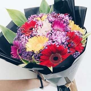 12s Gerbera daisy bouquet