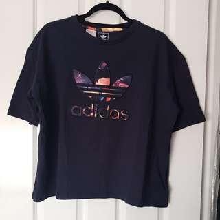 Adidas girls oversized tshirt sz 11-12Y