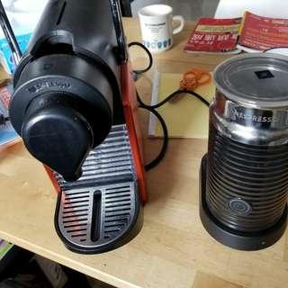 Nespresso 咖啡机及打奶器