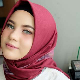 Jasa Make Up + Hijab do + Hair do