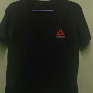 Black vneck shirt