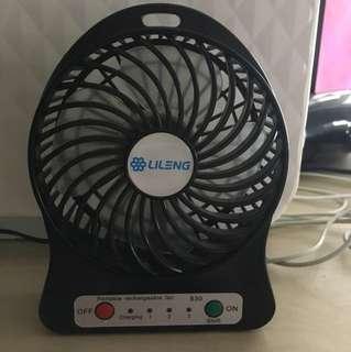 手提風扇 hand held fan