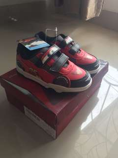 Sepatu Anak Cars With Tag