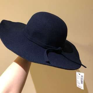 Beautiful navy felt hat
