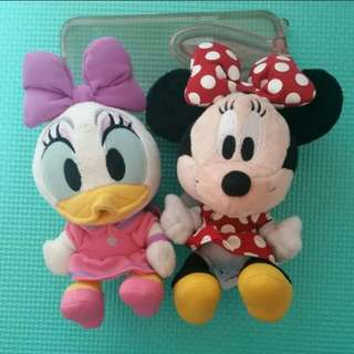 [Juniorcloset] 🆕 Authentic Japan Tokyo Disney Resort Minnie mouse plush toy keychain cum pin / Disney Resort Daisy duck plush toy keychain cum pin