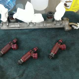 fuel rail & injector ej 1.0