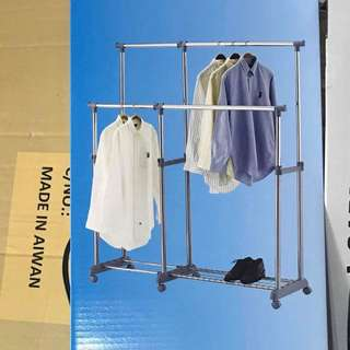 Garment Rack dual, extendable upward and sideward, durable