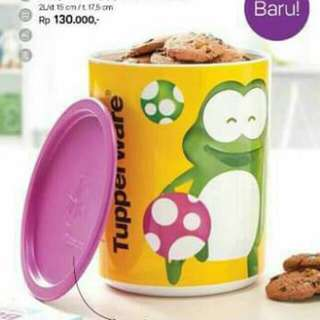 Tupperware froggy canister