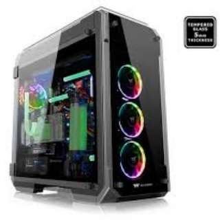 Thermaltake View 71 TG RGB - CA-1I7-00F1WN-01