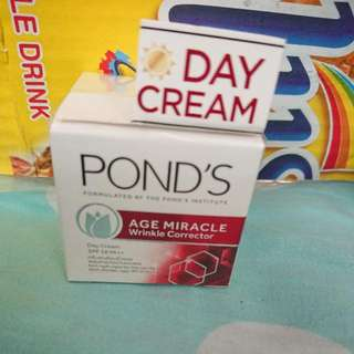 POND'S day cream (10g)
