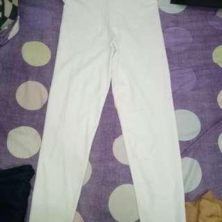 Celana putih ga neko2